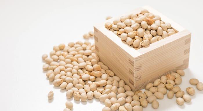節分の豆まき