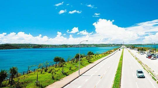 沖縄の道路