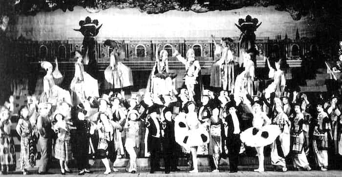 宝塚歌劇団 モン・パリ