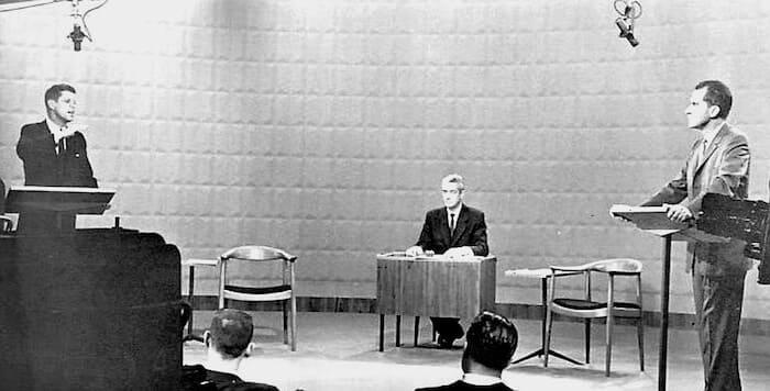テレビ討論